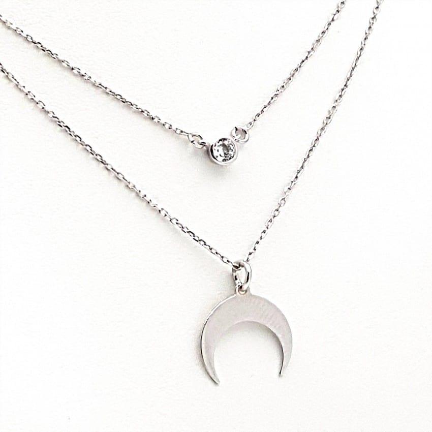 Gargantilla media luna y circonita en plata con baño de rodio