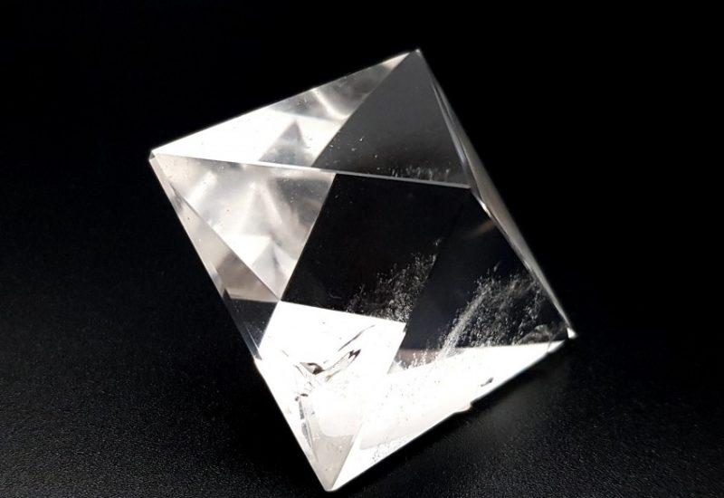 Cuarzo Cristal de Roca – Sólido Platónico Octaedro