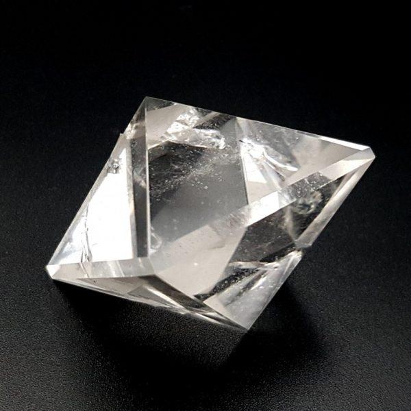 Sólido platónico de Cuarzo Cristal de Roca, octaedro