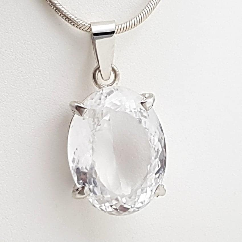 Colgante de cuarzo cristal de roca en plata