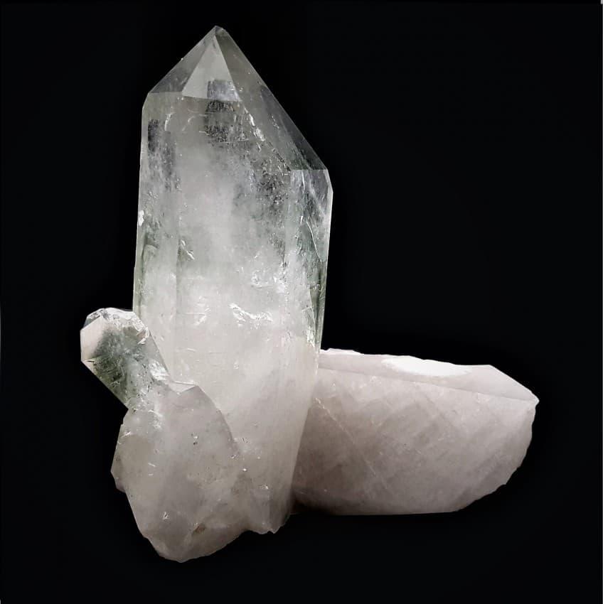 punta cuarzo cristal de roca con inclusiones de clorita