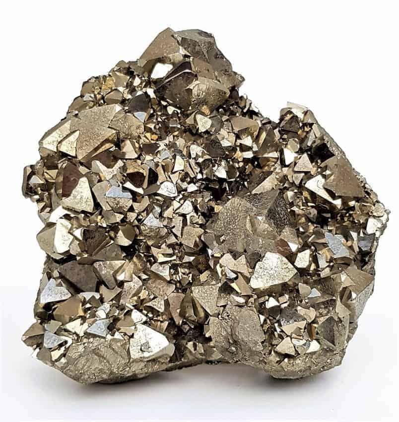 Pirita cristalizada procedente de Perú. Tamaño de la pieza, 24 centímetros. Pirita de colección de excepcional calidad.