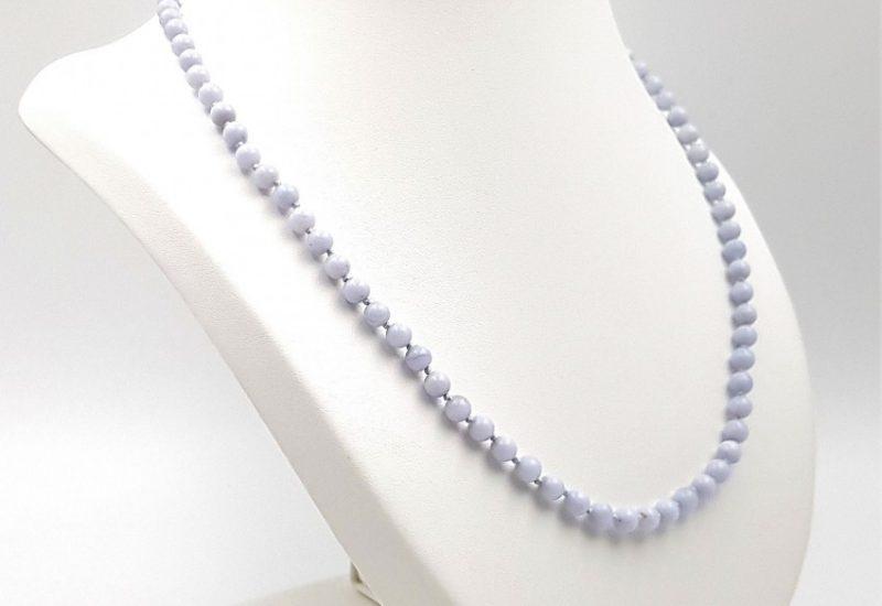 Collar con bolas de Calcedonia Azul y cierre de plata – bolas 5 mm