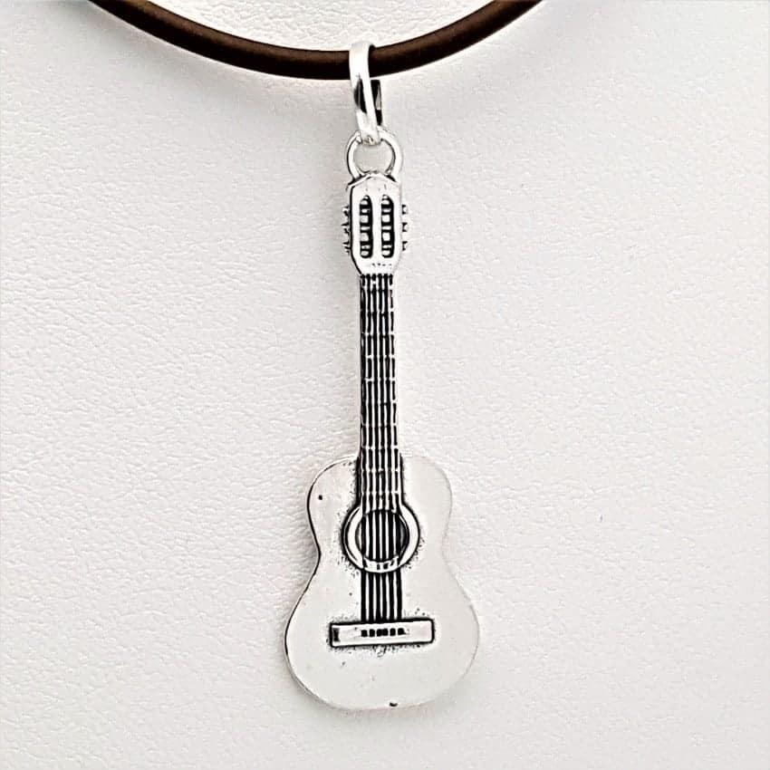 Colgante guitarra en plata