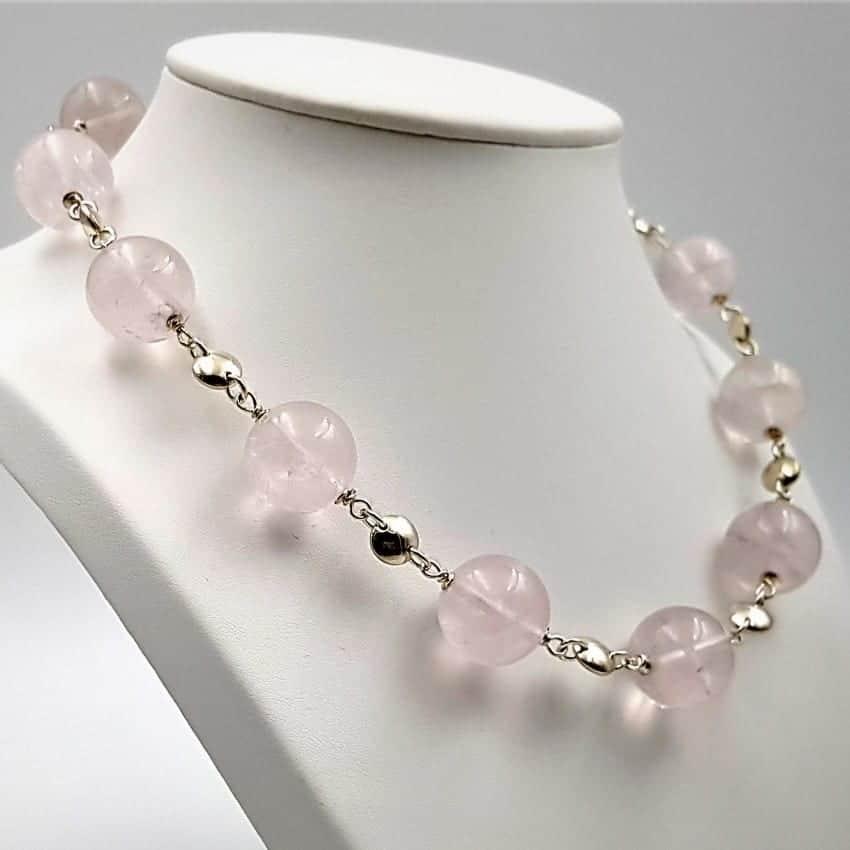 collar cuarzo rosa
