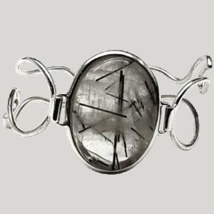 Pulsera fabricada en plata de ley y Cuarzo Turmalinado
