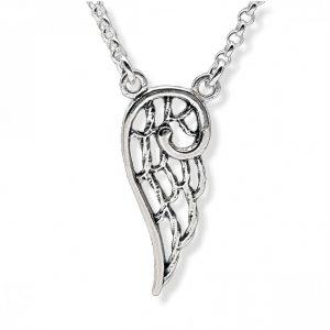 Alas de ángeles en amuleto de plata