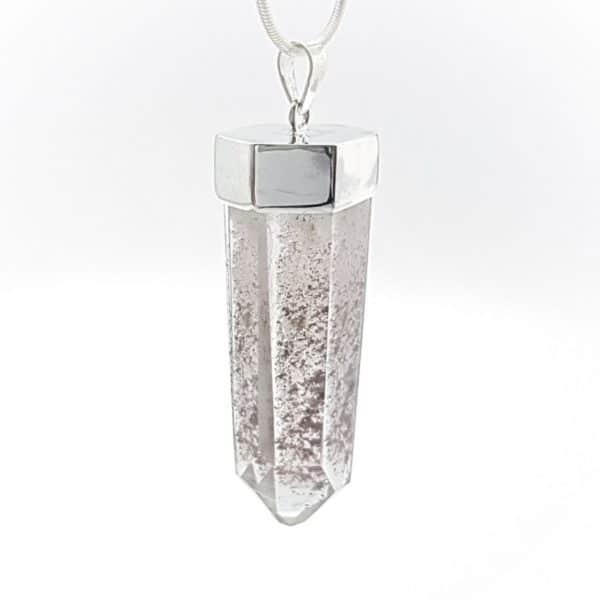 Colgante punta de cuarzo con inclusiones de otros minerales (5)
