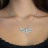 colgante libélula plata