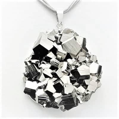 Pirita, joyas y piedras de pirita