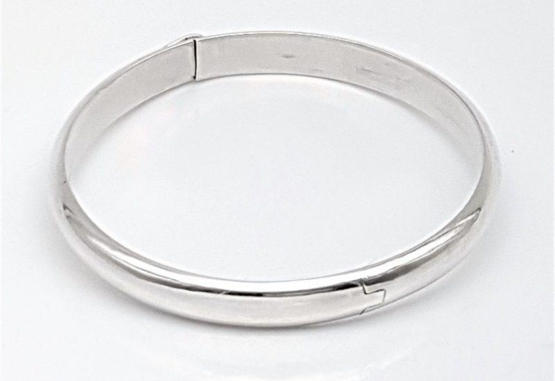 Pulsera de media caña en plata