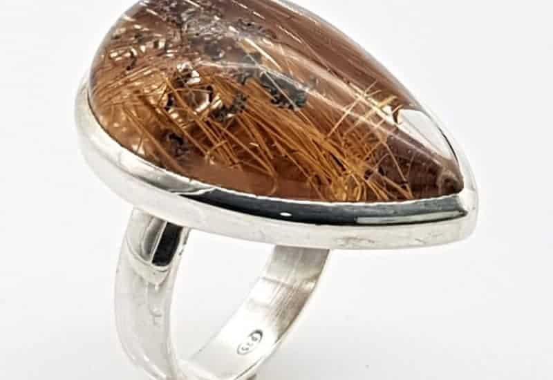 Anillo de Cuarzo Rutilado fabricado en plata