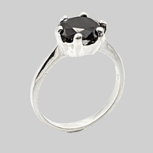 Anillo Solitario con circonita negra en plata
