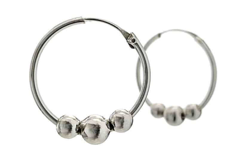 Argollas bolas de plata 925 y de 2,5 cms.