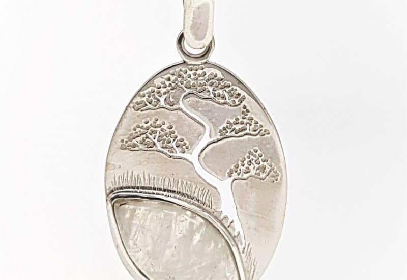 Colgante en Plata de Ley 925 mls y Piedra Luna – árbol de la vida