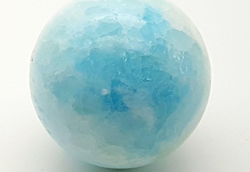 Esfera de calcita azul