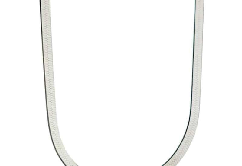 Gargantilla plana de 40 centímetros y 2,6 mm. de grosor en plata