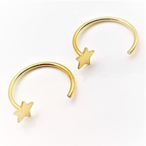Argollas con estrella de Plata de Ley 925 mls y baño de oro