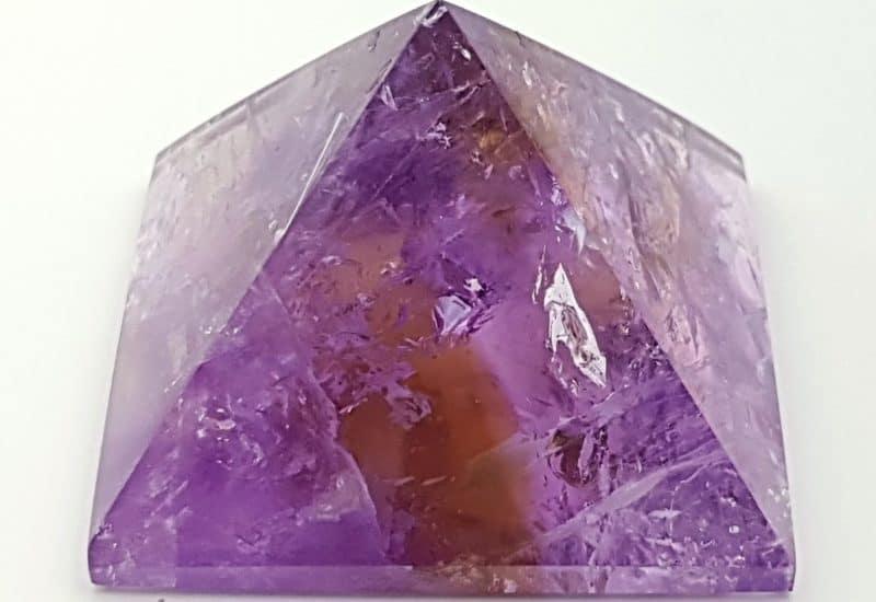 Pirámide de cuarzo amatista