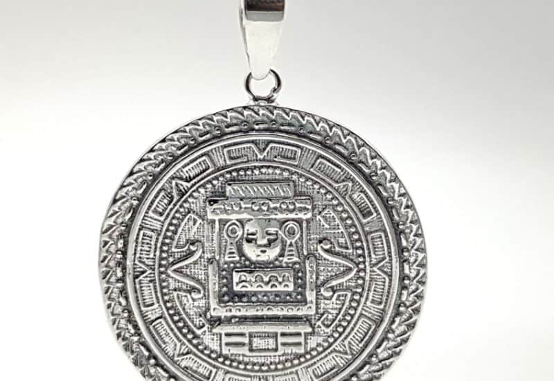 Colgante Calendario Azteca fabricado en plata