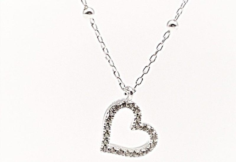 Gargantilla corazón con circonitas en plata de ley