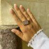 anillo símbolo de Om