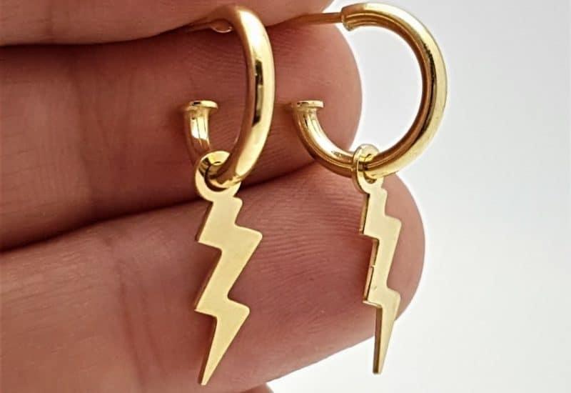 Pendientes aros con rayo fabricados en plata de ley – chapado en oro