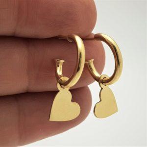 Aros con corazón fabricados en plata de ley - chapado en oro