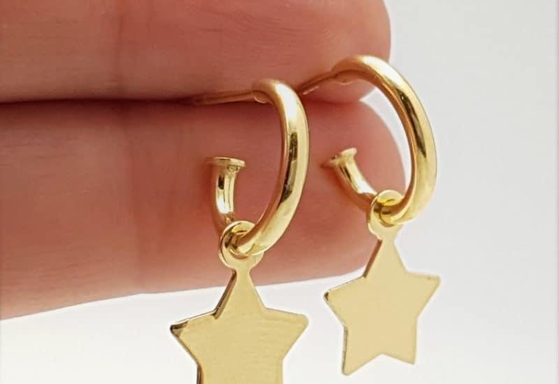 Aros con estrella fabricados en plata de ley – chapado en oro