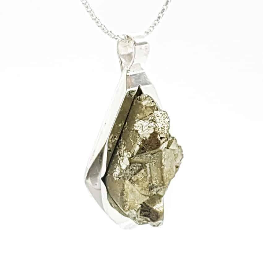 Colgante rombo cristalizado de pirita en plata (1)