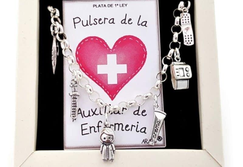 Pulsera de la Auxiliar de Enfermería
