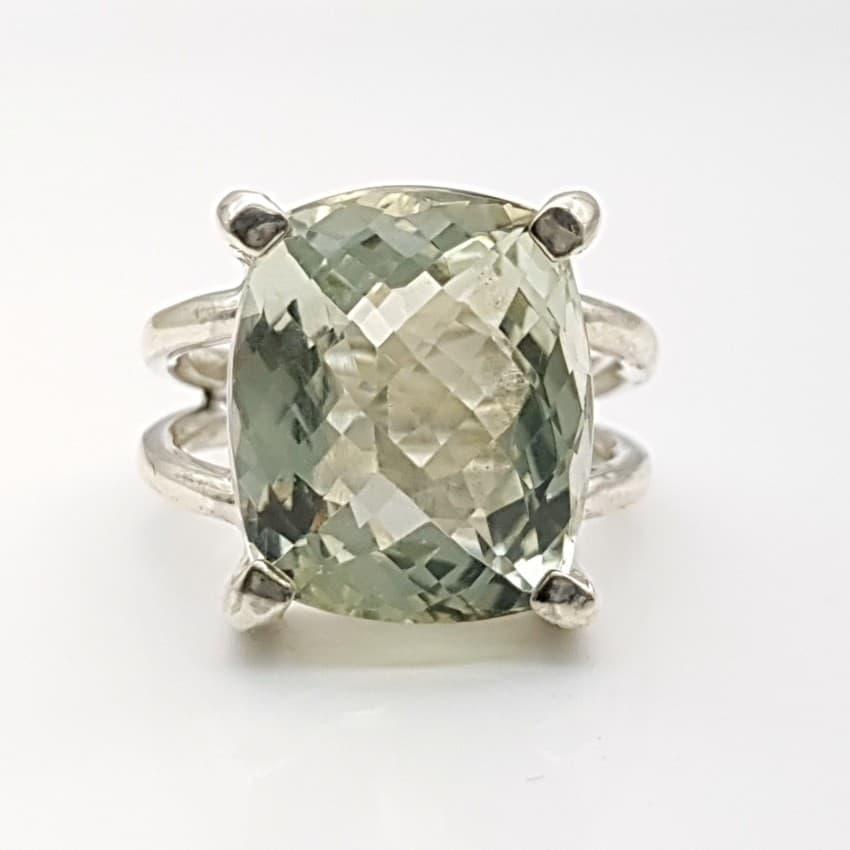 1.3. anillo de piedra tallada de cuarzo prasio (2)