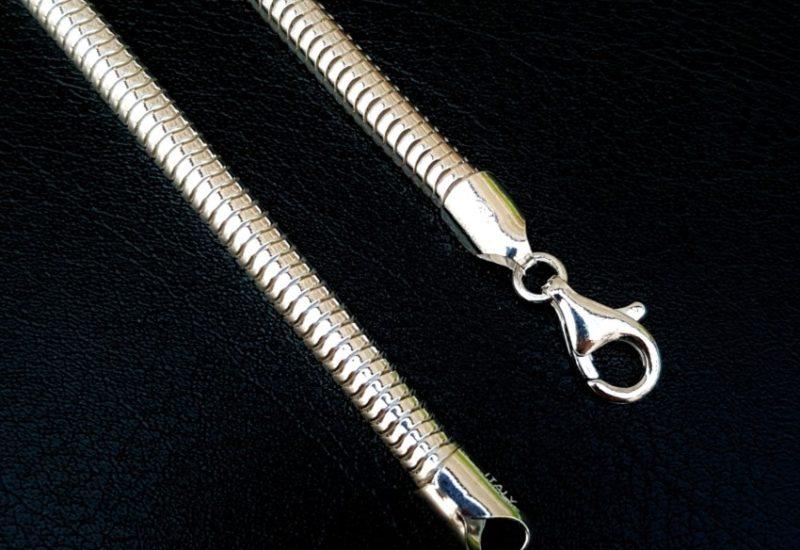Cadena Topo extra gruesa, 5 mm. de ancho, 50 cms de largo.