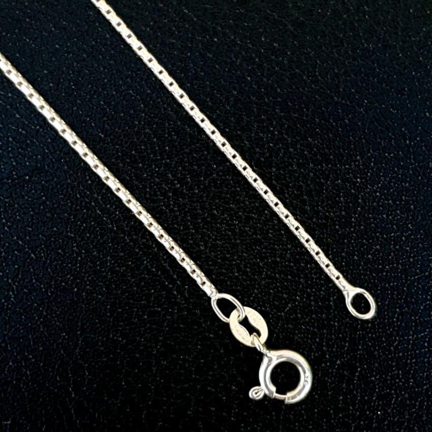 Cadena veneciana 50 cms, 1,5 mm de ancho en plata (2)
