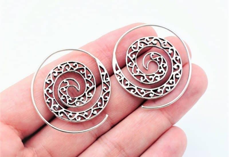 Aros de plata étnicos diseño en espirales