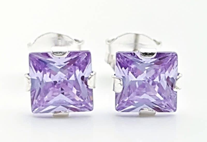 Pendientes circonita lila – forma cuadrada