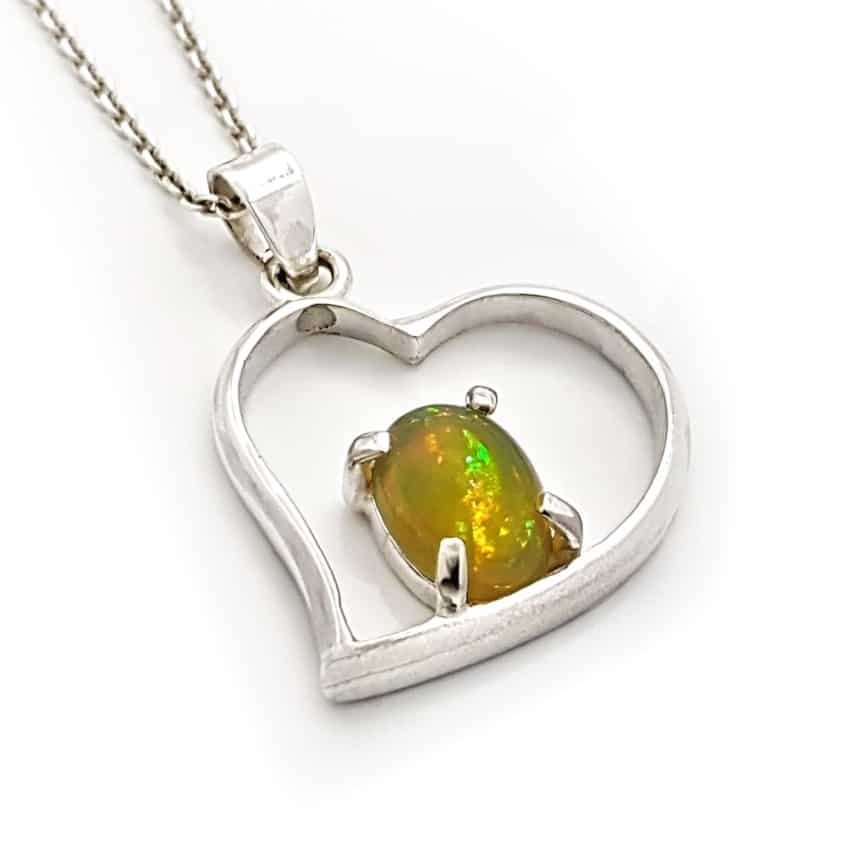 Colgante corazón de plata y ópalo Etiopía rf 220048884