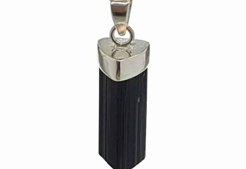 Colgante de Turmalina fabricado en plata de ley 925 mls