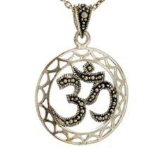 Colgante símbolo de Om en plata 925 diseño plata vieja