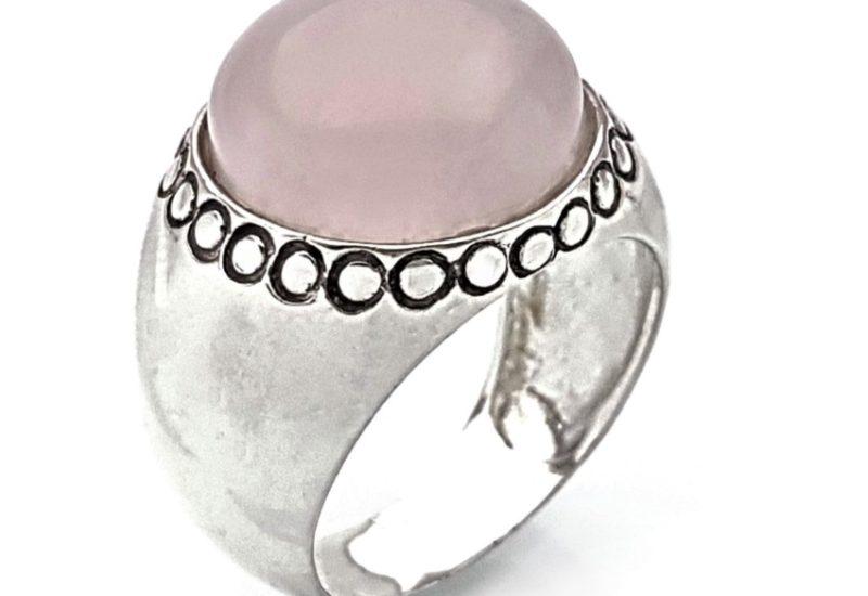 Anillo de plata 925 y gema semipreciosas de cuarzo rosa