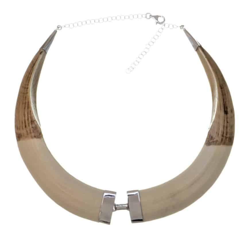 Collar de plata y colmillos de imitación de jabalí (2)