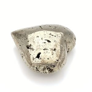 Corazón de pirita chispa cristalizada pulida