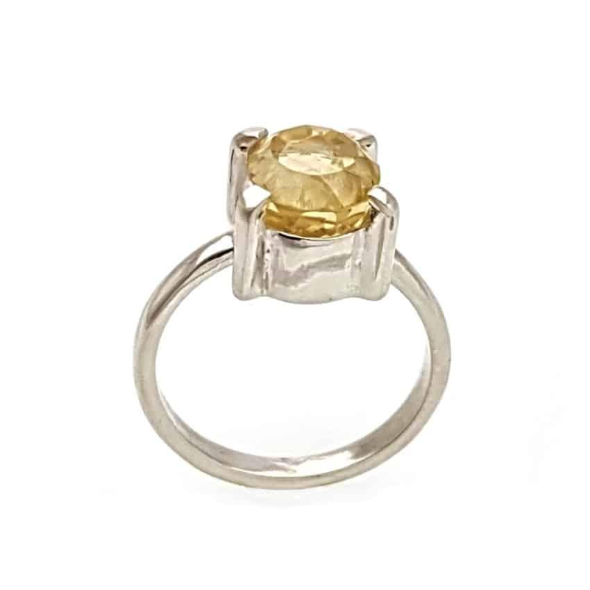 anillo cuarzo citrino talla oval en plata 925 (1)
