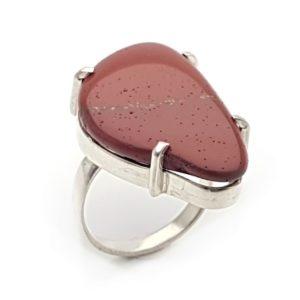 Sortija piedra Jaspe rojo en plata talla 13