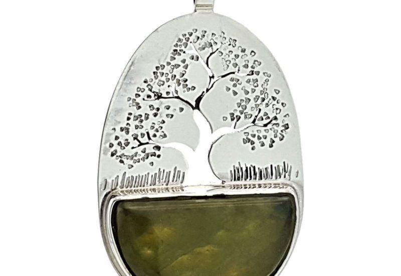 Colgante árbol de la vida y Jade fabricado en plata