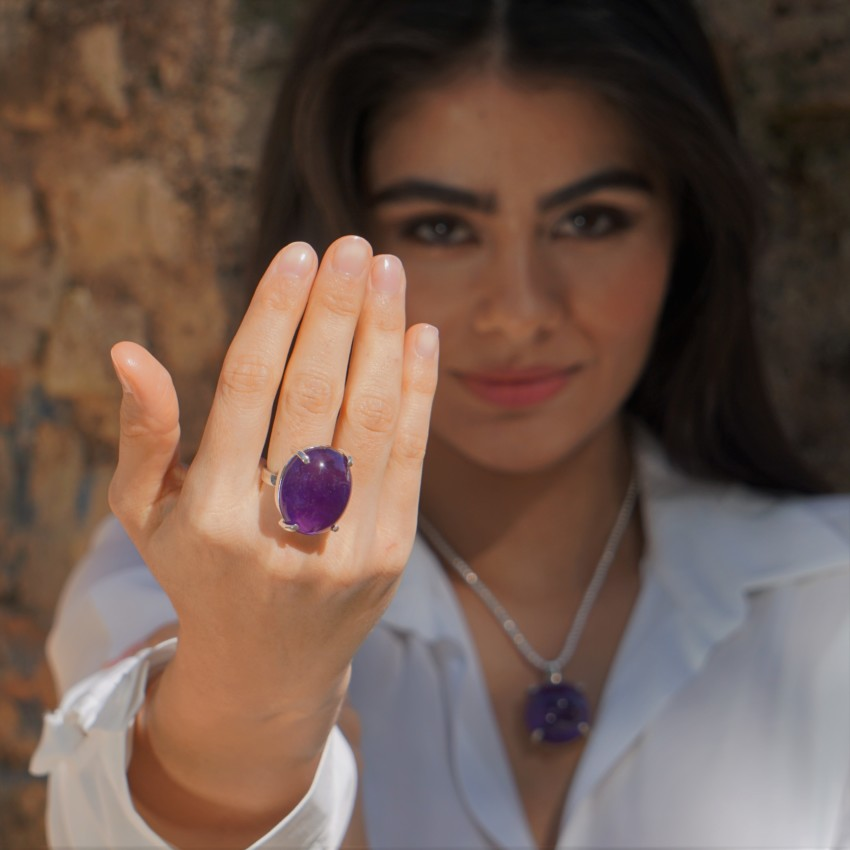 Espectacular anillo de cuarzo amatista de piedra grande