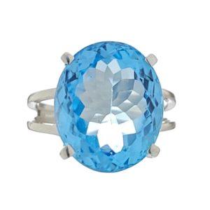Anillo de plata 925 con piedra oval de topacio azul de talla 17