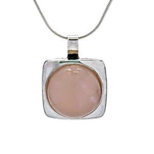 Colgante troquel plata 925 y piedra natural cuarzo rosa de 15 mm.