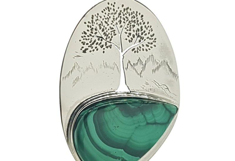 Colgante lágrima de malaquita con el dibujo del árbol de la vida