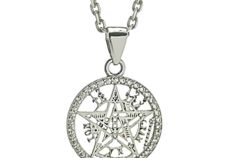 Colgante de protección Tetragramatón con filo de circonitas.